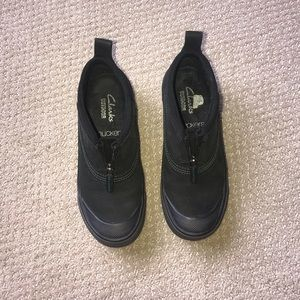 Clarks Waterproof Muckers Womens Sz5